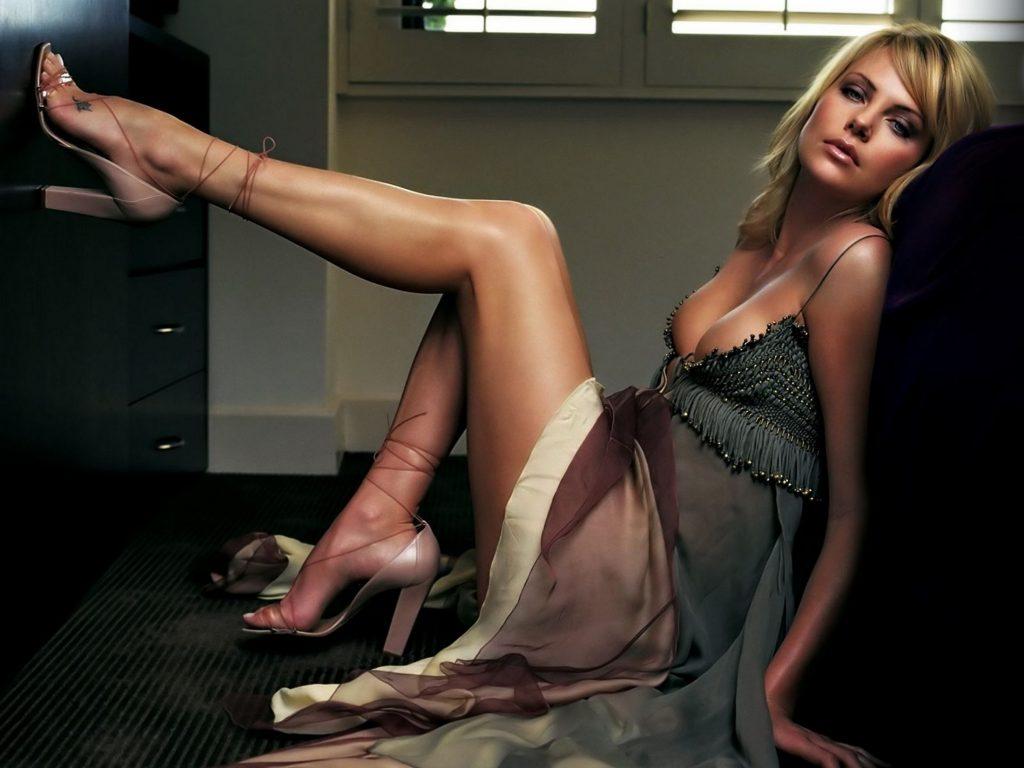 Charlize Theron Beautiful Blonde