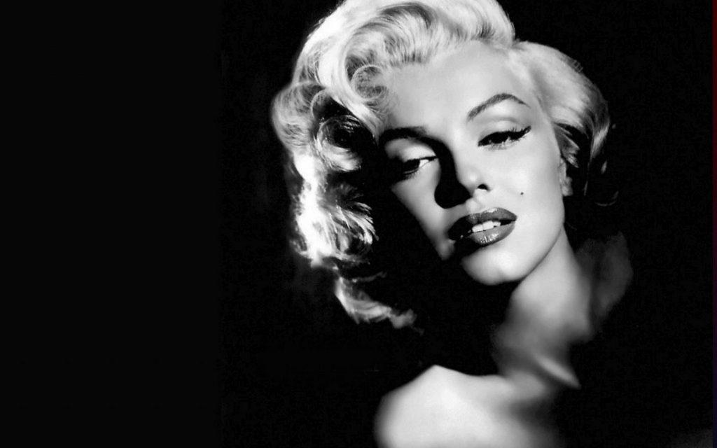 Marilyn Monroe Famouse Blonde