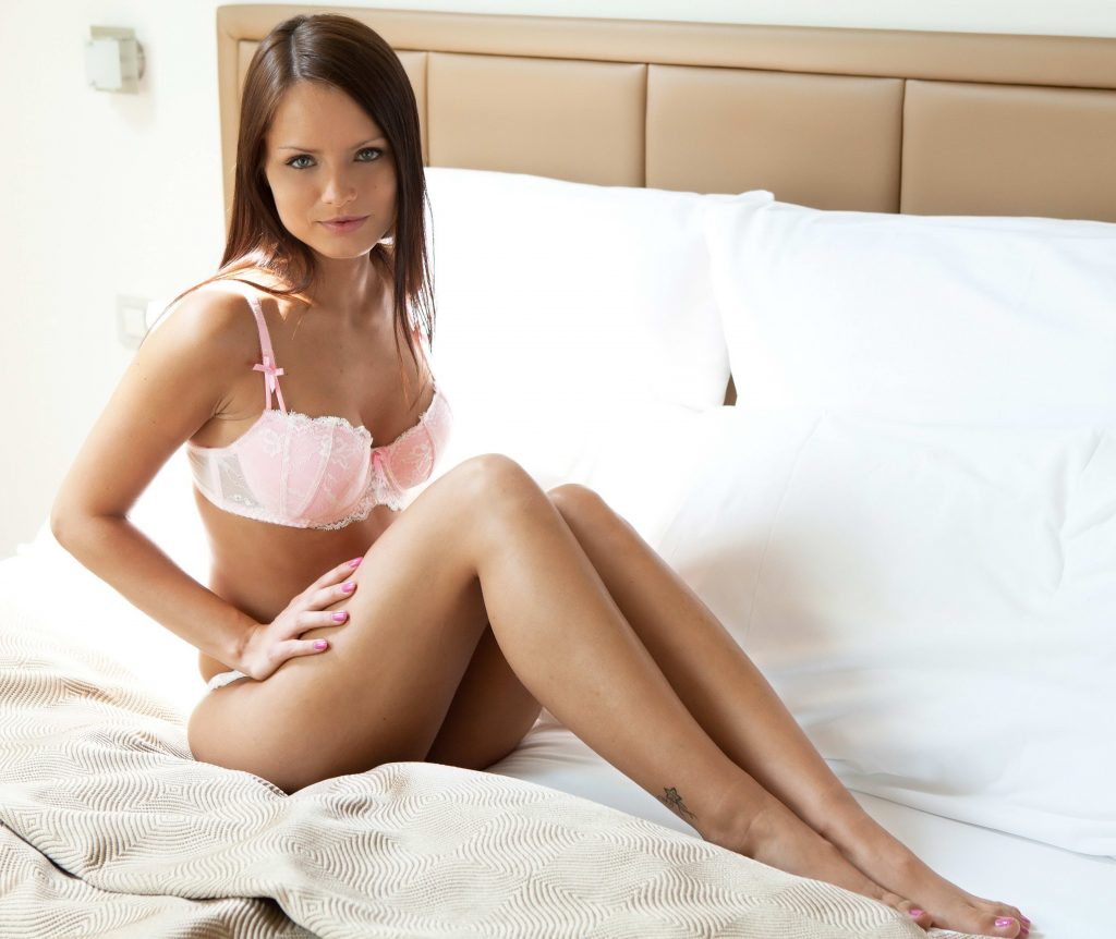 Gorgeous Brunette From Ponju Escorts in London