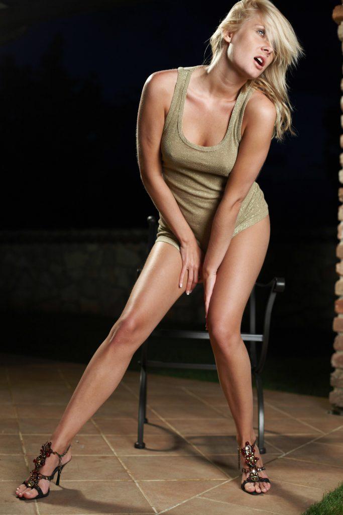 Stunning busty Blonde Escort