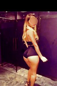 Alina Party Girl With Perfect Curves