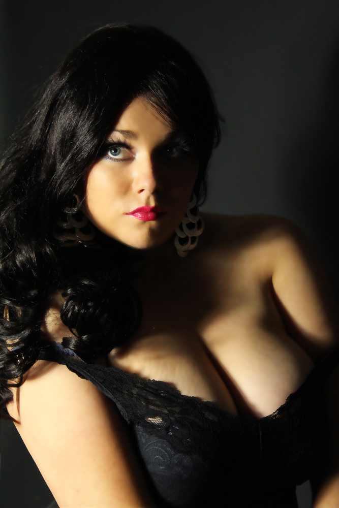 Andora Busty Hot Escort